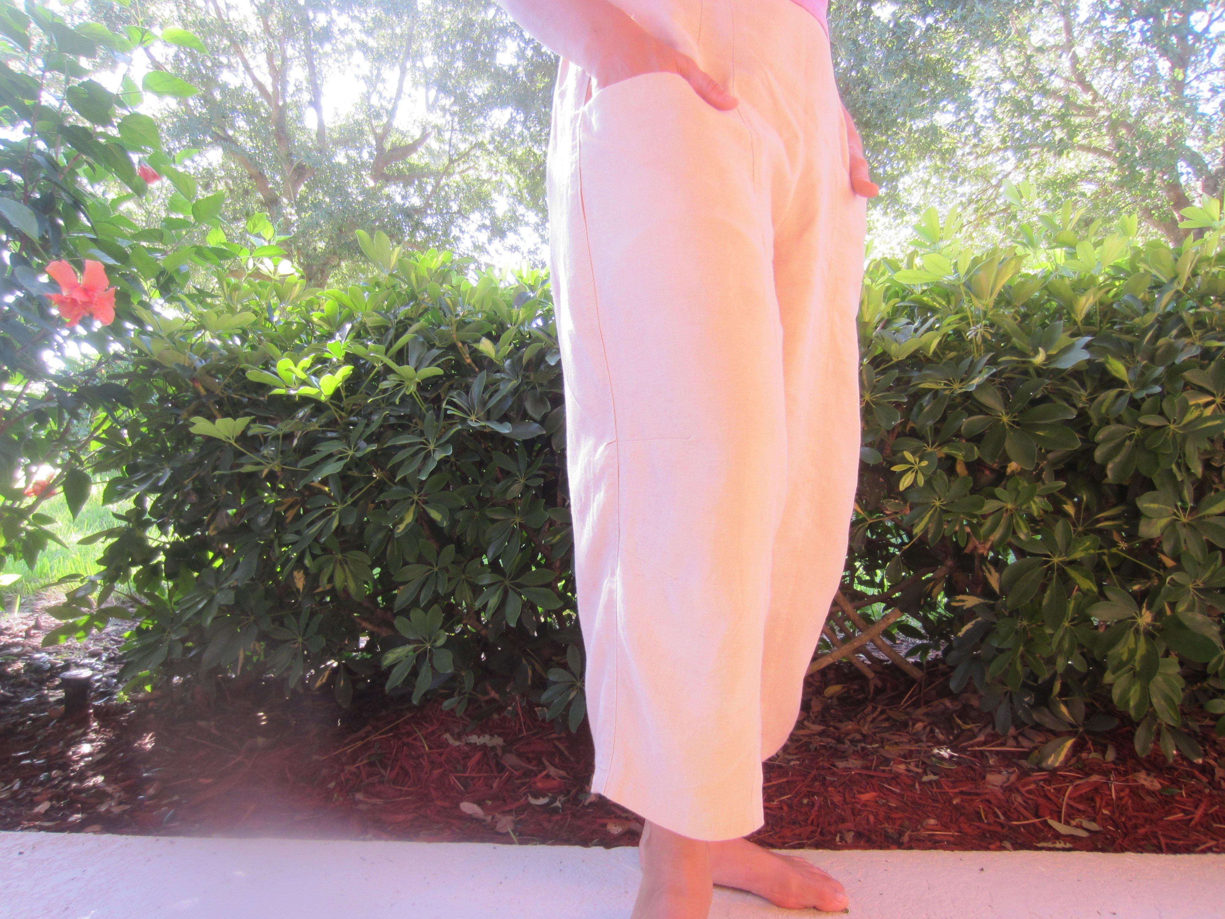 Marcy Tilton Pants, V8499, Avocado dyed hemp tencel twill