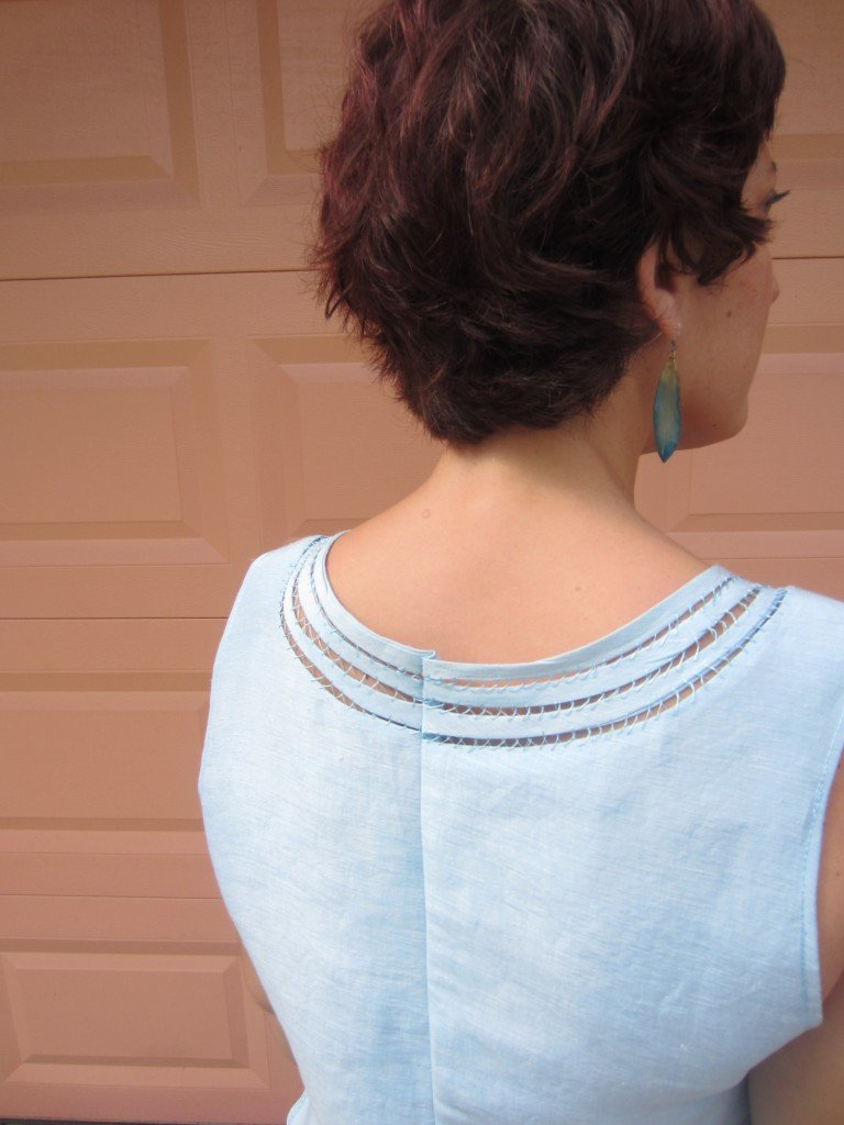 Rouleau Edged Top and Look 2 Sew Pomona