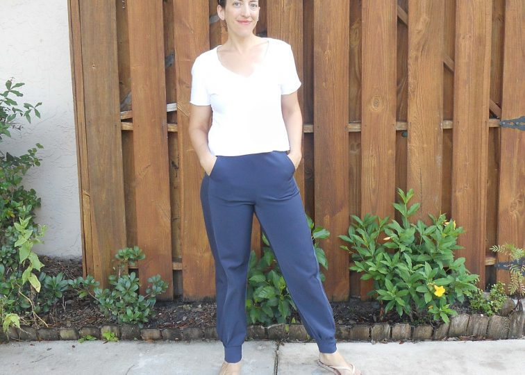 Basics Sewing: Sweatpants and White V-neck Tee